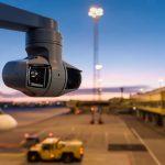 Nová otočná sieťová kamera Axis do náročných podmienok má špeciálny IR prísvit s dosahom 400m